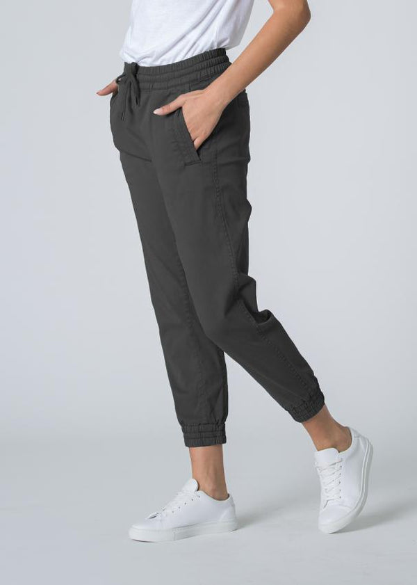 Woman wearing grey Athletic Jogger profile