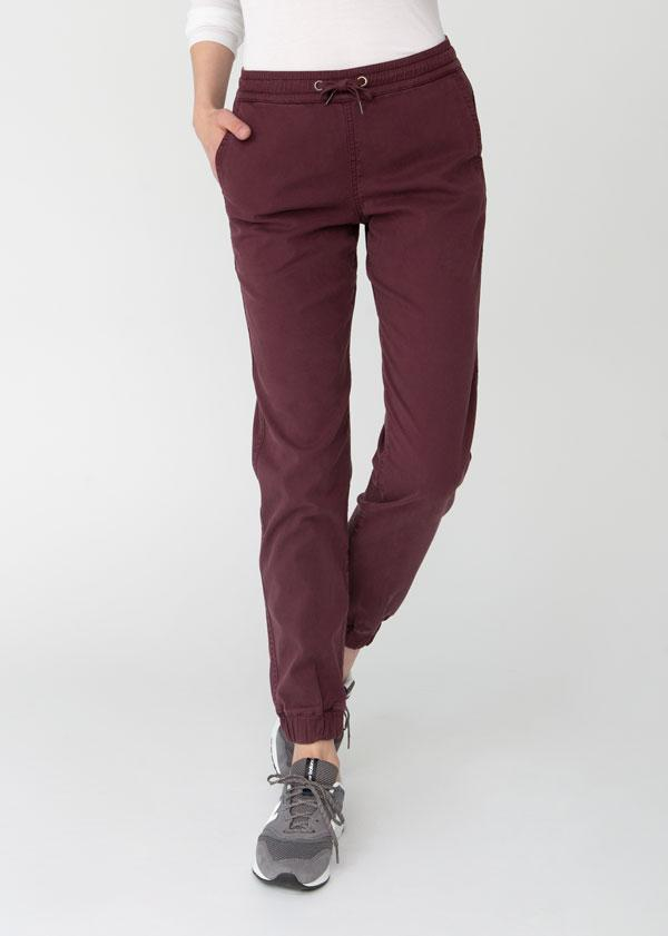 Woman wearing maroon Athletic Jogger front