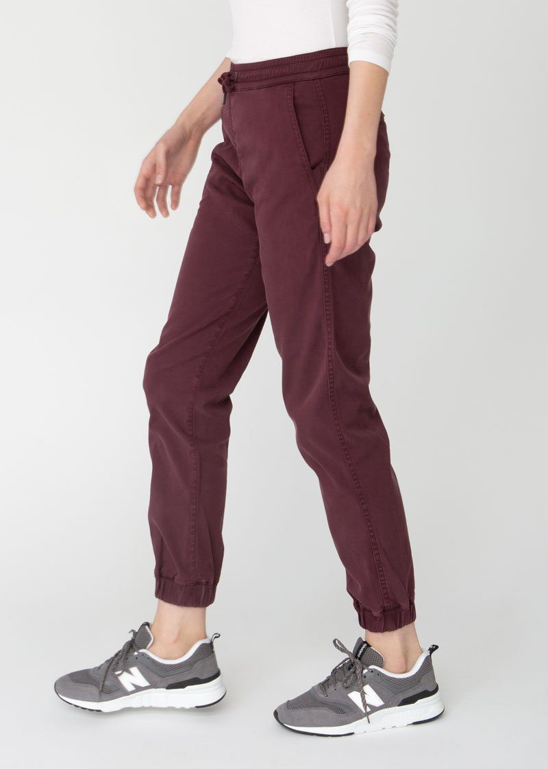 Woman wearing maroon Athletic Jogger side