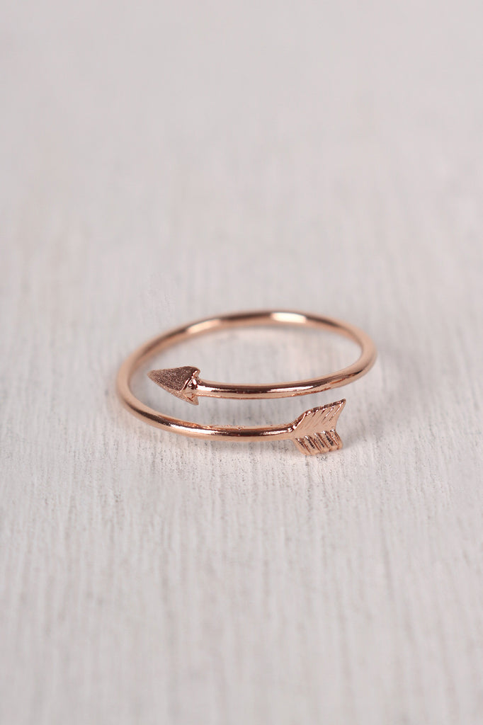 Stay True Arrow Ring - Kaneli Nomad Boutique