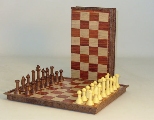 Folding Metal Magnetic Board with Plastic Chess Pieces
