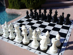 Indoor / Outdoor Garden Chess Set with Vinyl Chess Mat