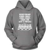 8 Pawns, 2 knights, 2 rooks , 2 bishops, a queen , a king and 3 ninjas - Unisex Hoodie