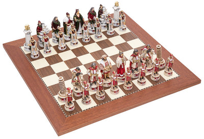 Pisa and Venice Chessmen & Champion Board