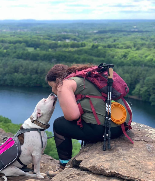 Hiking with your dog @allyandthepittybunch