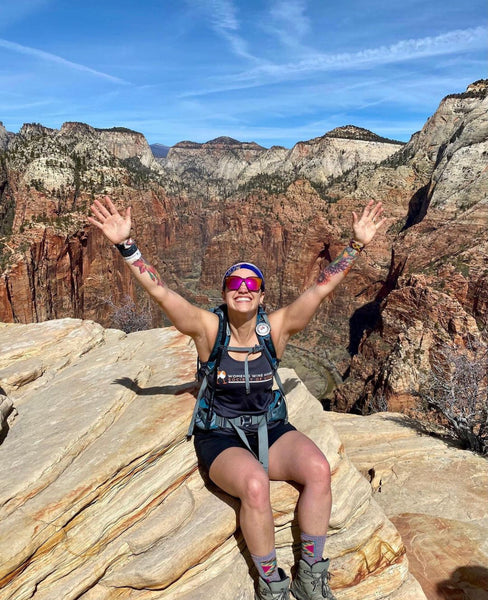 hiking in hot climates
