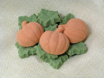 Tea sugars shaped like pumpkins and leaves