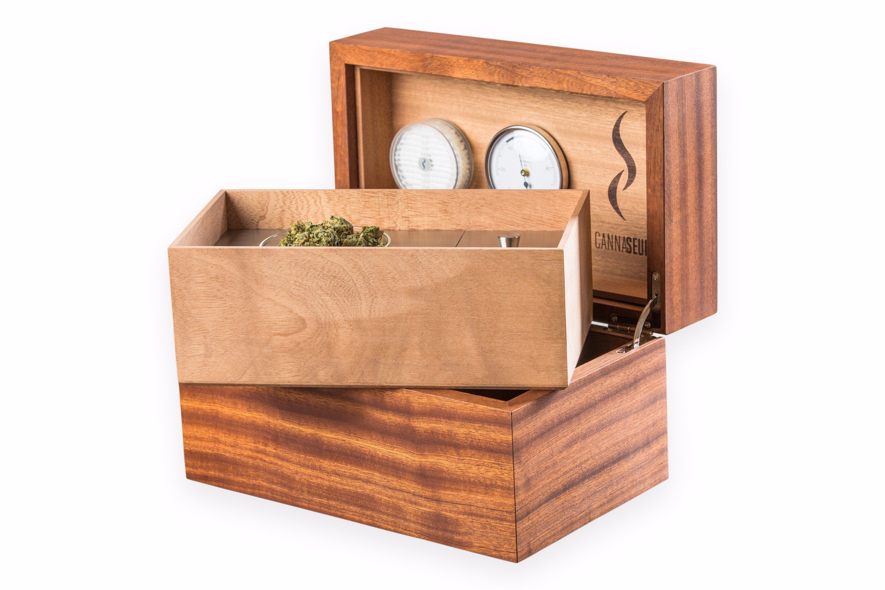 Cannaseur® One Mahogany 1 Jar And Equipment Box (Without Lock)