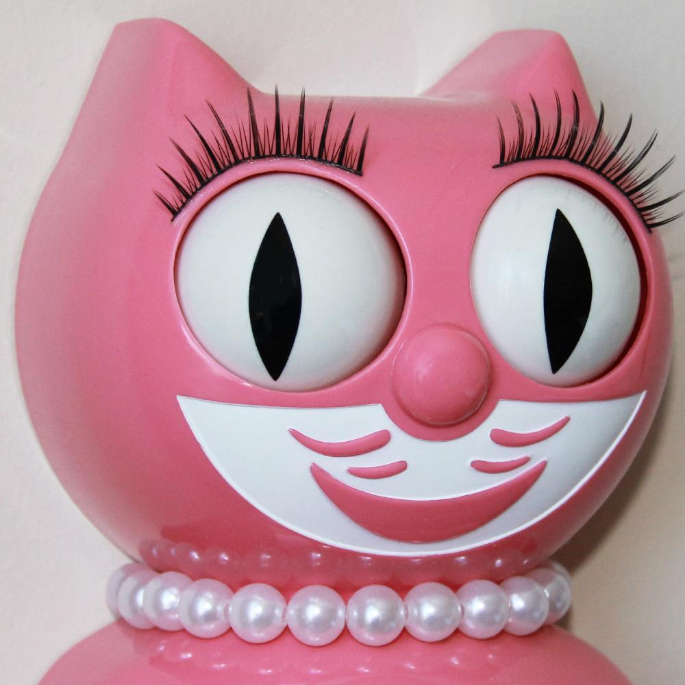 Strawberry Ice Lady Kit-Cat® Klock
