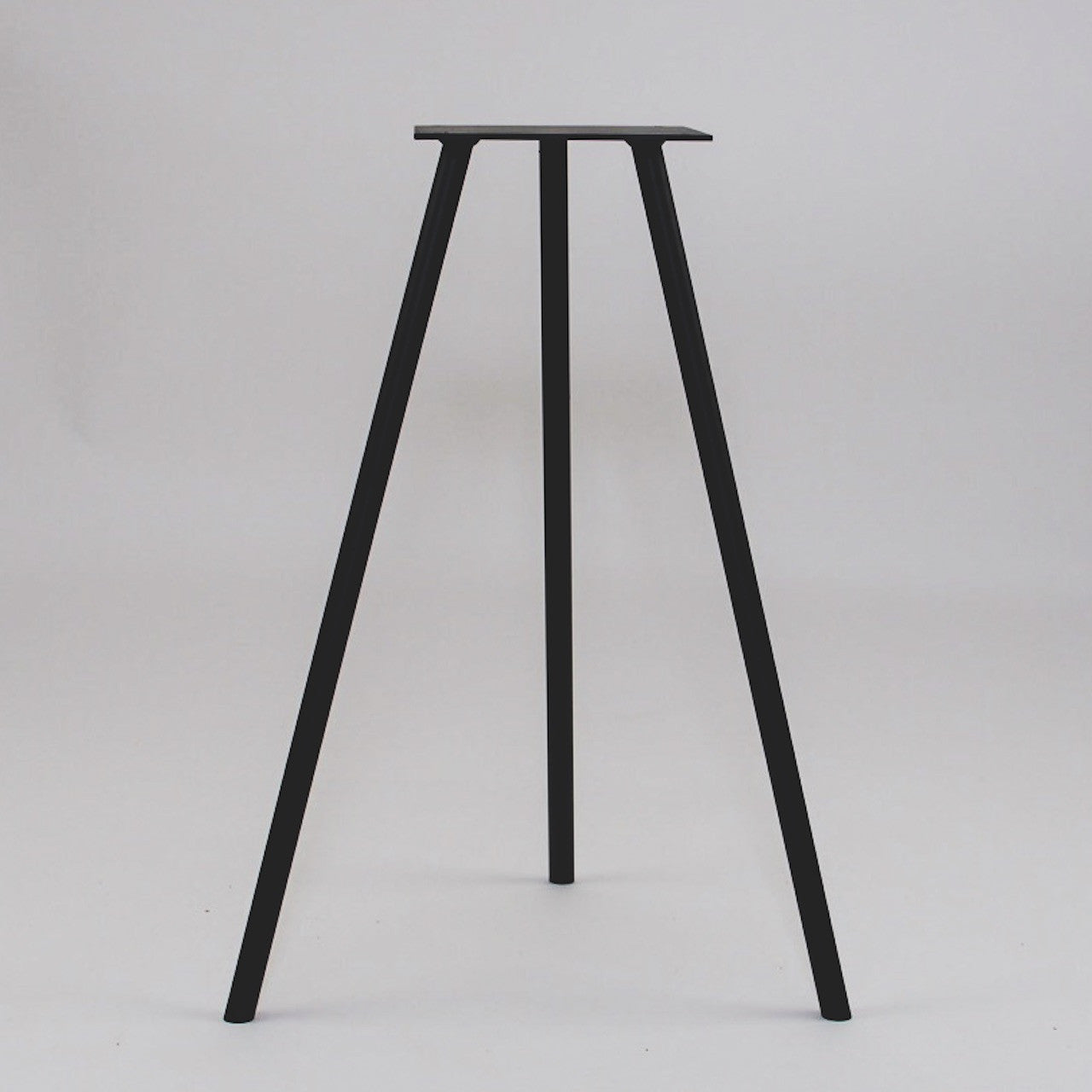 Superbe Tripod Table Stands (Set Of 2)