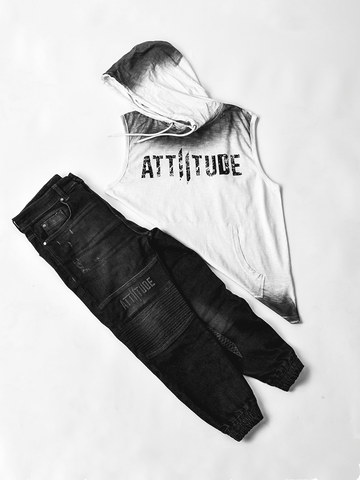 ATTIITUDE BLACK TSHIRT WITH TEXT BOX & ASYMMETRICAL HEM + MASK + CAP