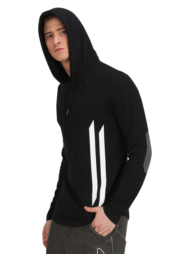 BLACK ELBOW PATCH WHITE HOODED T-SHIRT