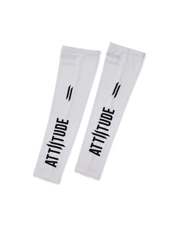 ATTIITUDE WHITE FULL SLEEVE T-SHIRT WITH VERTICAL PIGMENT PRINT AND CAP