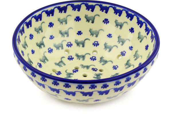 "9"" Colander - D105 