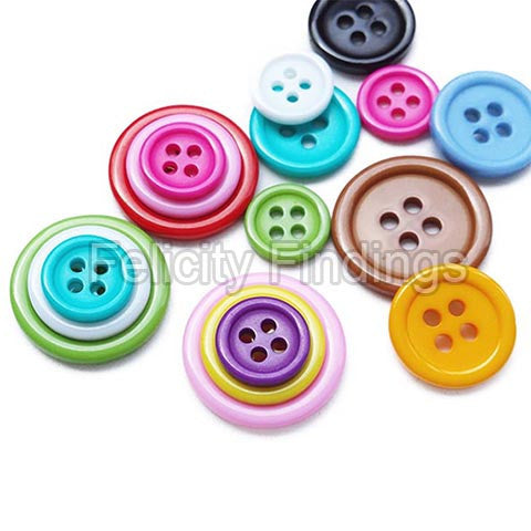 Buttons - 4 holes round