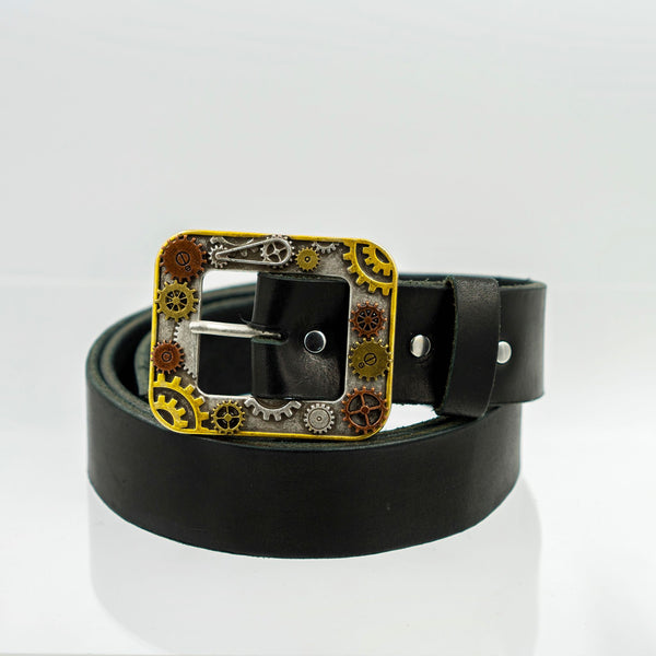 Leather Belt: Multi-Gear Buckle