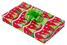 "Christmas Theme Small Apparel Box (Size: 13"" x 8.5"" x 1.875"")"