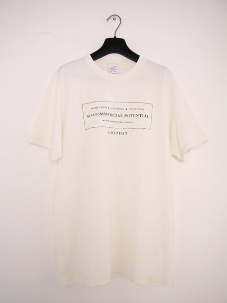 SM091 DISCOVERY T-SHIRT - OFF WHITE