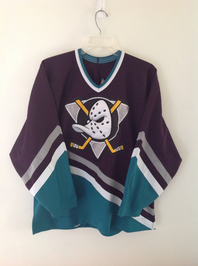 detailed look 1ff1d bb537 Vintage NHL Mighty Ducks Hockey Jersey – ArrayOfSoles