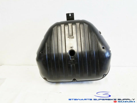 2001 - 2003 SUZUKI GSXR600 OEM AIRBOX INTAKE AIR BOX HOUSING 01 02 03 GSXR 600
