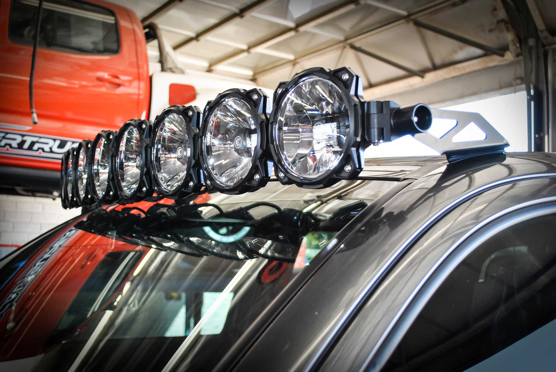 Gravity LED Pro6 05-16 Toyota Tacoma 8-light Combo LED Light Bar