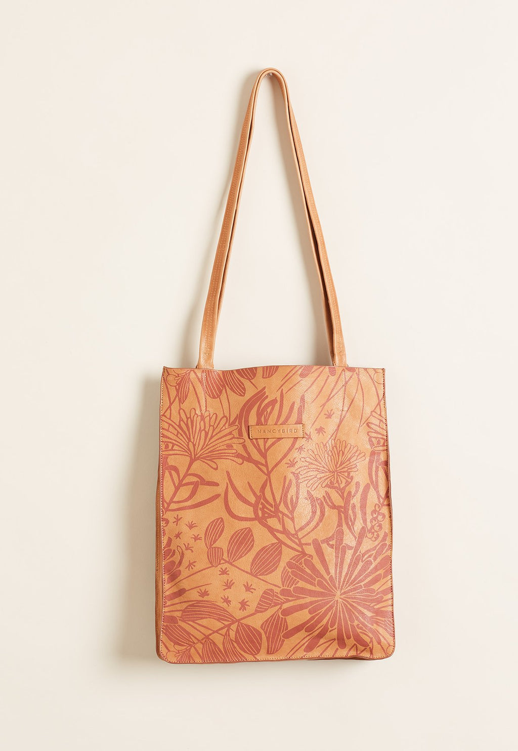 Nancy Bird W20-133 Gully Tote Almond
