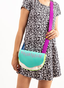 SQUIGGLE SLINGY PURSE