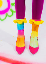 RAINBOW BABY RUFFLE SOCKS