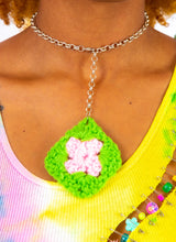 SILLY FLOWER CHAIN CROCHET NECKLACE