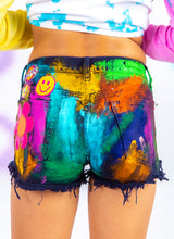 FIT FOR AN ARTISTE SHORTS