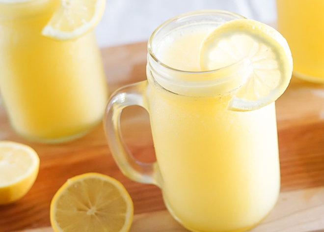 Make The Most Delicious Homemade Lemon Juice in America