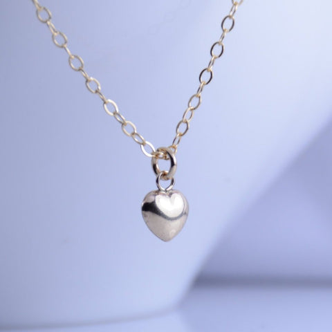 Tiny Gold Heart Necklace - Sash Jewelry
