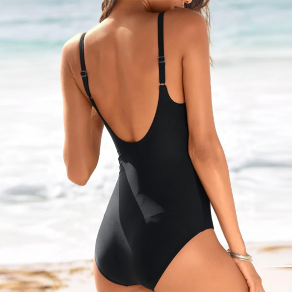 Macau One Piece