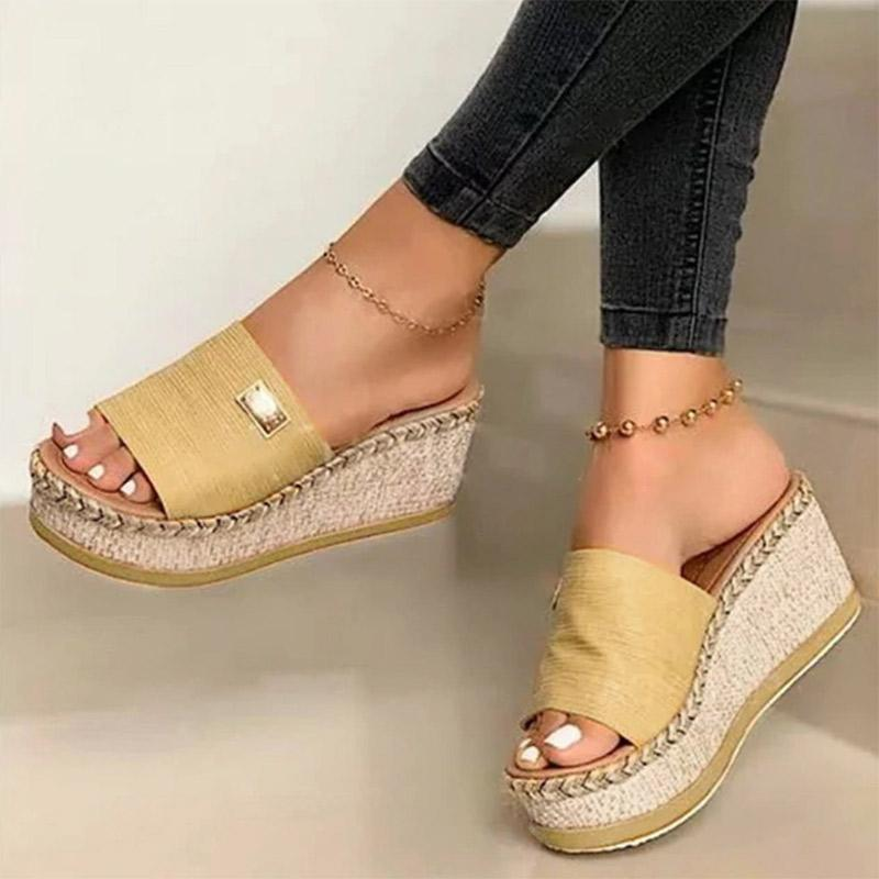 Resort Wedges