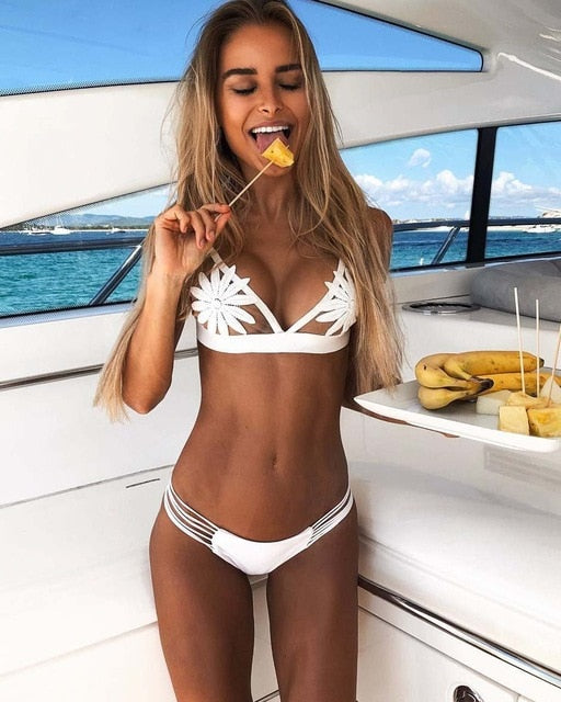 2019 Sexy bikinis White Mesh Embroidered Flower Strappy Biquini Bathing Suit Swimsuit Thong Swimwear Women Brazilian Bikini set