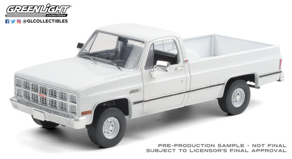 Greenlight : 1:18 1982 GMC K-2500 Sierra Grande Wideside - White