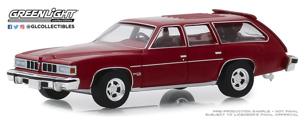 Greenlight 1:64 Estate Wagons Series 4 : 1976 Pontiac Grand LeMans Safari Wagon - Red