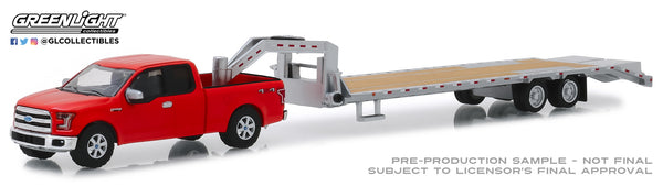 Greenlight 1:64 2017 Ford F-150 in Red and Gooseneck Trailer in Silver (Hobby Exclusive)