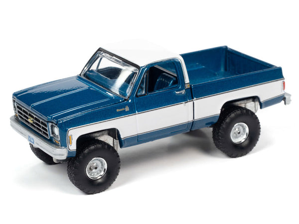 Auto-World 1:64 1978 Chevy K10 Silverado Truck, Blue And White