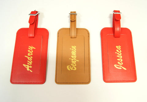 Luggage tags with prints of name
