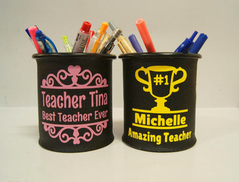 Pen holder with teacher's day prints