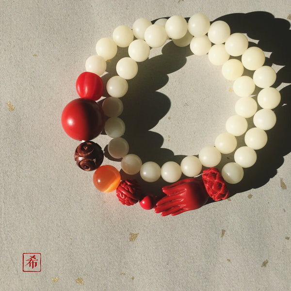Buddhist Praying Hands Bodhi Seed and Cinnabar Mala Bracelet - ZentralDesigns