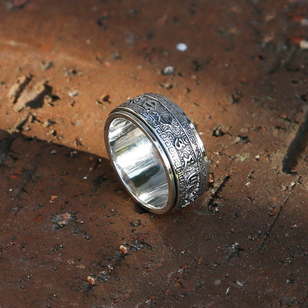 Tibetan Buddhist Symbol Vajra & Prayers Sterling Silver Spinner Ring, Mens Meditation Ring - ZentralDesigns