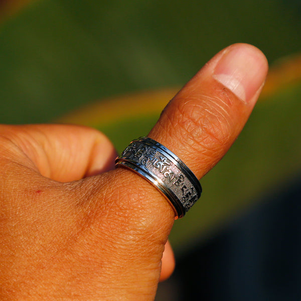 Tibetan Buddhist Prayer Silver Spinner Ring, Mens Meditation Ring, Buddhist Symbol Ring - ZentralDesigns