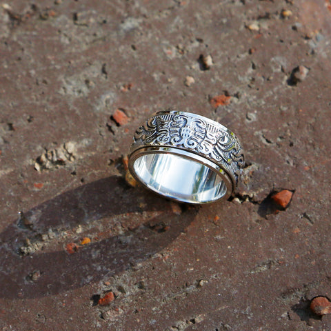 Embossed Butterfly Sterling Silver Spinner Ring, Vintage Style Meditation Ring - ZentralDesigns