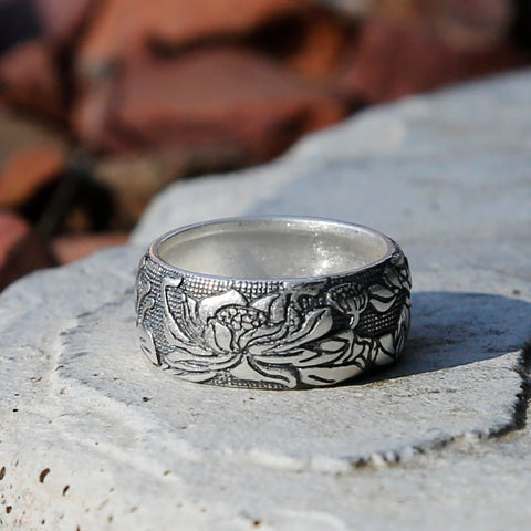 Embossed Lotus Vintage Style Silver Ring, Tibetan Buddhism Ring, Meditation Jewelry - ZentralDesigns