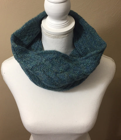 BOHO CABLE COWL--CHECK OUT THIS WARM, BEAUTIFUL ACCESSORY!