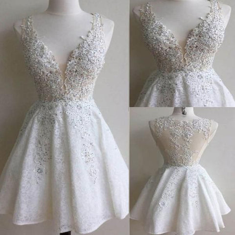 Charming A-line Applique Bodice V-neck Short Prom Dresses Ivory Lace Mini Homecoming Dresses MH1006