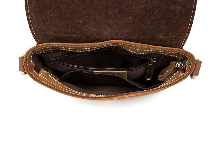 4711eef99a ... Brown Leather Messenger Bag