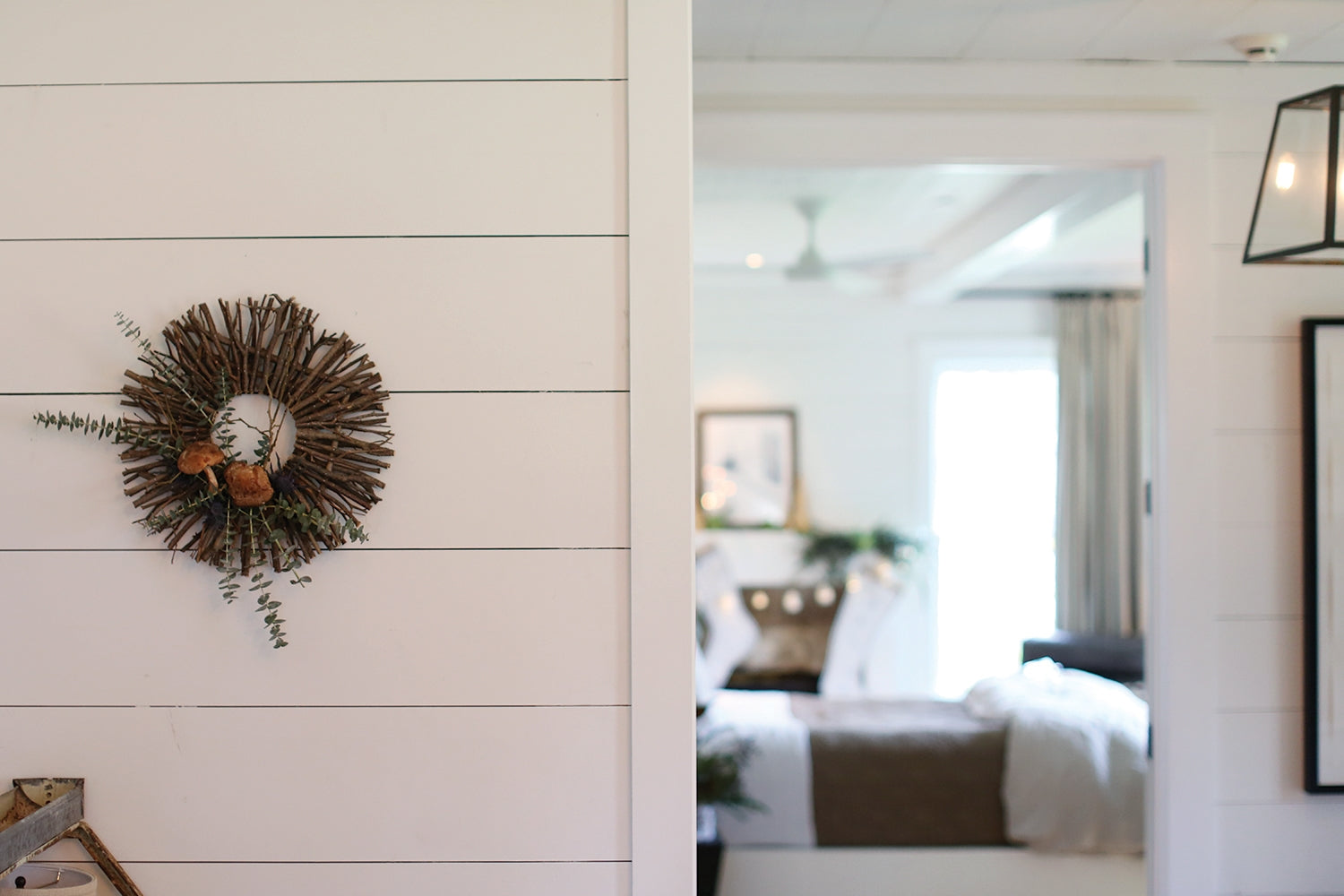Boutique, wreath, wreaths, twig wreath, farmhouse decor, modern farmhouse, home decoration, gift ideas, home decor ideas, office decor, home office ideas, farmhouse decor ideas, farmhouse modern decor, home decor, wreaths for front door, room decor bedroom, gifts, home decoration ideas, twig wreath, wreaths, twig wreath, minimalist, nordic, nordic wreaths, natural twig wreath, natural wood, wood wreath, wooden wreath, gift ideas, simple wreath, natural wreath, modern home decor